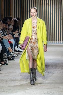 défilé de mode hyeres-3